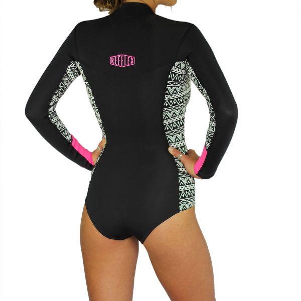 wetsuit, spring, bali, retreat, salti hearts, surf