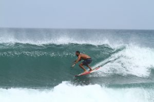 Surf coach, bali, Salti Hearts, paradise, surfing